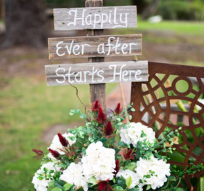 Happily ever after sign with rusty pale